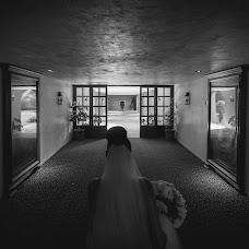 Wedding photographer Antonio Burgoa (Antonio211). Photo of 23.10.2017
