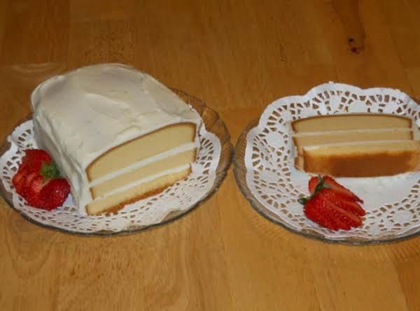 Easy Lemon Delight Pound Cake