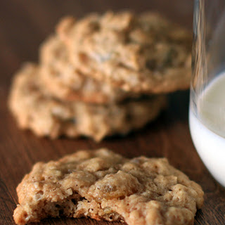 Ginger Oatmeal Raisin Cookies