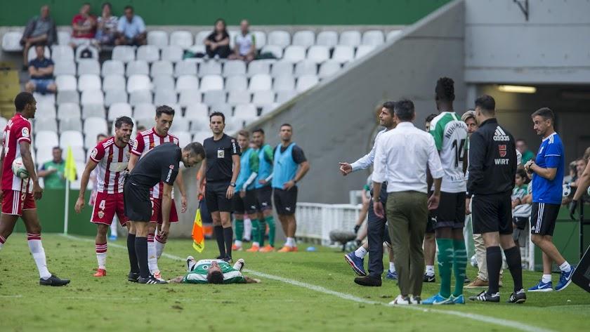 De la Fuente pitó al Almería en Santander.
