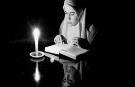 Muslimah, Teruslah Menuntut Ilmu
