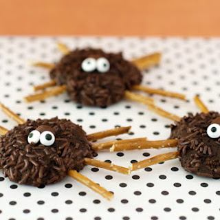 Not So Spooky Spider Cookies