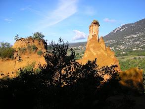Photo: Cheminées de fées au Colorado provençal