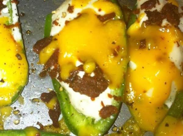 Bacon Stuffed Jalapeno Poppers Recipe