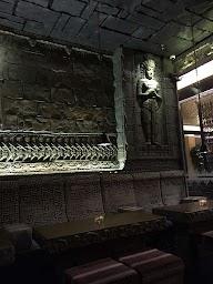 Wat Bar - Sterlings Mac Hotel photo 9