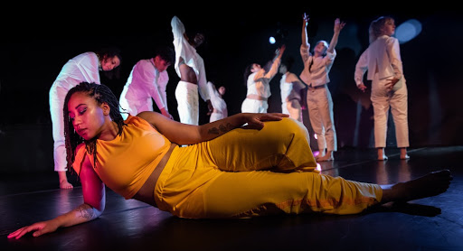 Moving in the space between: VLA Dance's 'In the Space Between'