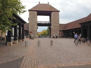 Photo: Das Deutsche Weintor ist das nächste Ziel.