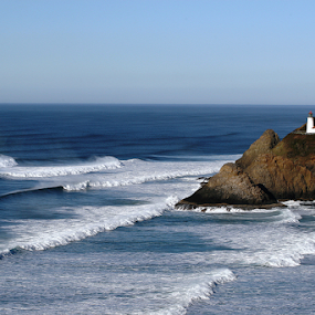 Heceta Head Waves by Bill Waterman - Landscapes Waterscapes ( waves, lighthouse, ocean, sunrise, seascape, landscape,  )
