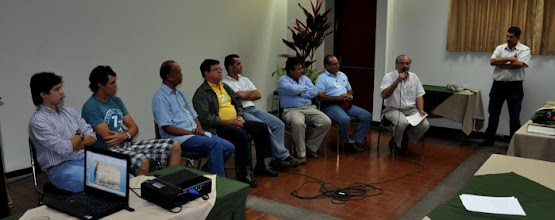 Photo: Roundtable discussion  -  Dr Miguel Gomez, Director of RUTA based in Costa Rica,  speaking about his observations based on the day's presentations