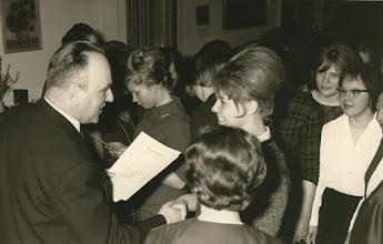 Photo: Zeugnisverteilung  60er Jahre