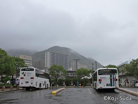 西鉄 4012 門司港駅にて_06