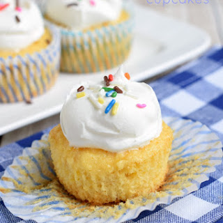 Skinny Pineapple Cupcakes