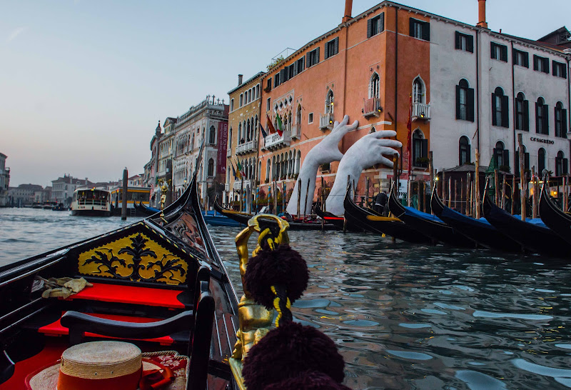 il canale e la sua gondola, una vera storia d'amore di Andrea Trocani