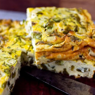 Baked Frittata With Green Peppers and Yogurt