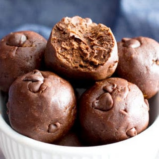 Gluten Free No Bake Brownie Energy Bites (Vegan, GF, Dairy-Free, One Bowl) Recipe