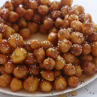 Struffoli (Honey Balls).