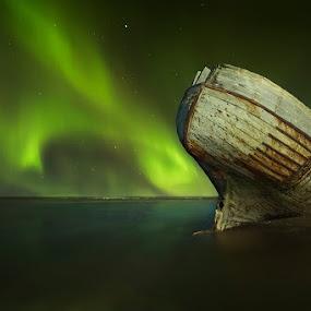 Magical Night by Bragi Ingibergsson - Transportation Boats ( water, iceland, brin, bragi j. ingibergsson, aurora borealis, northern lights, boat )