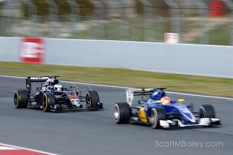 Photo: Fernando Alonso - McLaren Honda Felipe Nasr - Sauber F1 Team