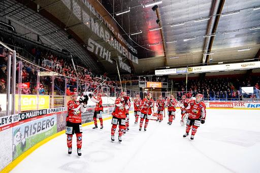 Sport fick tacka publiken en sista gång när det blev seger i sista matchen för säsongen.