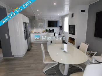 Maison 14 pièces 212 m2