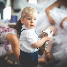 Wedding photographer Ákos Erdélyi (erdelyi). Photo of 13.08.2018