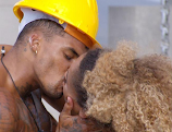 Amber Gill and Michael Griffith's steamy kiss