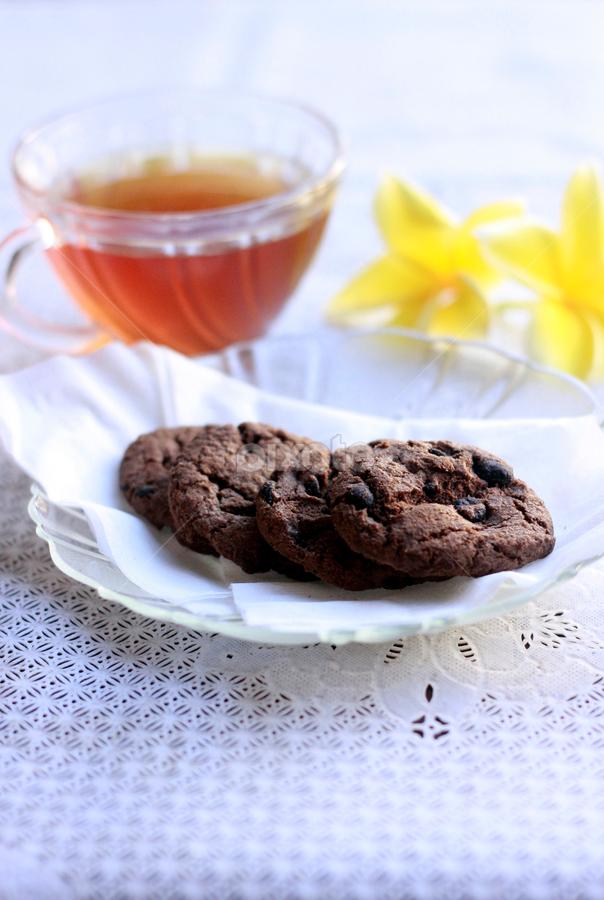 Chocochips Cookies by Widhi Nugraha - Food & Drink Cooking & Baking