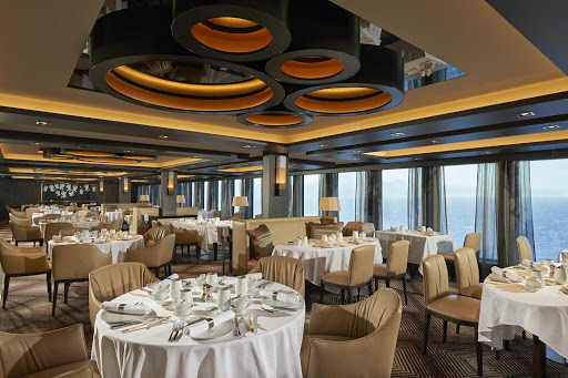 norwegian-joy-haven-Restaurant.jpg - Norwegian Joy offers a ship within a ship for select passengers, including Haven Restaurant.