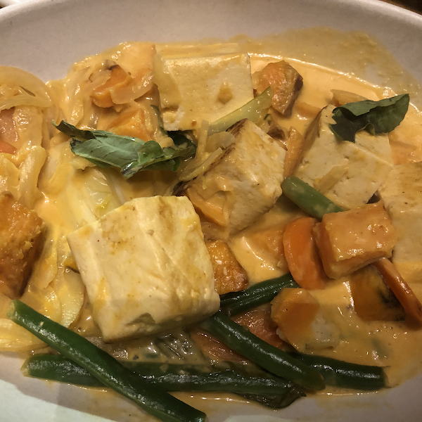 Spicy Panang Curry sweet potato, green bean, bok choy, rainbow carrot, thai basil, coconut curry broth (added grilled Tofu)