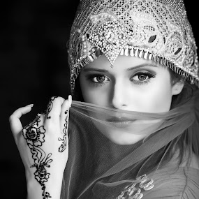 by Red Photography - Black & White Portraits & People (  )