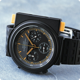 World's first analog quartz chronograph 7A28-7009