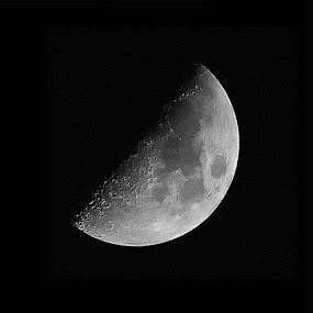 A WAXING MOON by Mike Zegelien - Black & White Objects & Still Life ( moon, astrophotography, night, moonshot, black and white )