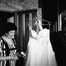 Wedding photographer Nastya Podosinova (Podos). Photo of 04.05.2015