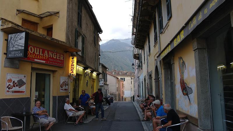 per le strade di Corte (Corsica) di ale70