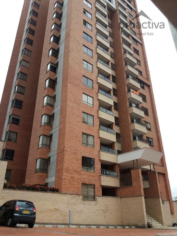 apartamento en arriendo poblado 497-5498