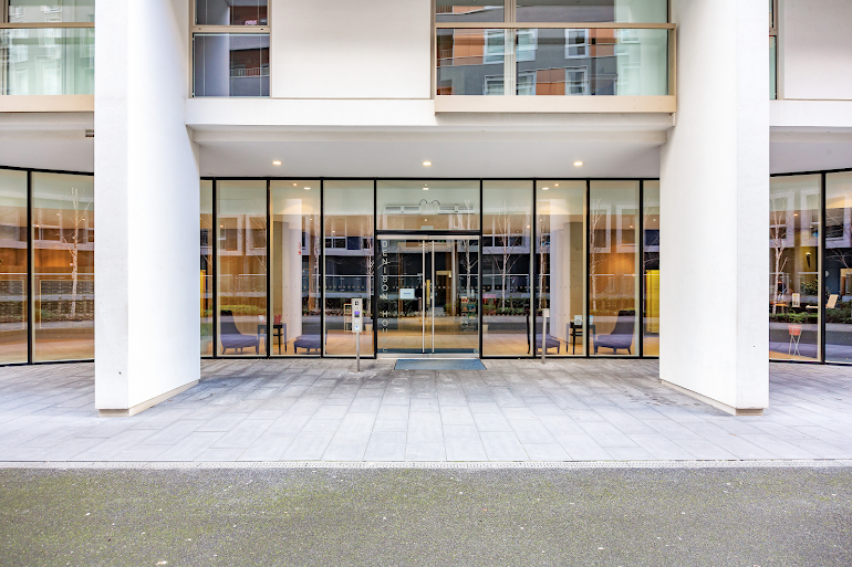 Entrance of Lanterns Court Serviced Apartments, Canary Wharf
