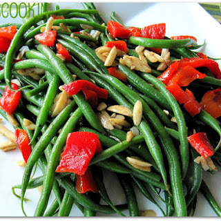 Thai-Inspired Green Beans with Coconut Oil