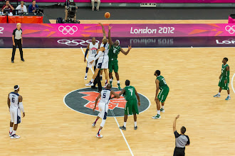 Photo: USA vs. Nigeria - Tip-off