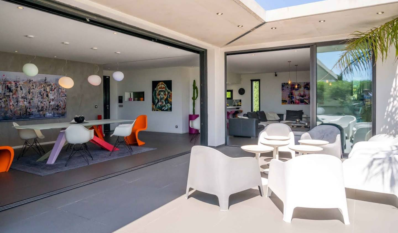 Villa avec piscine en bord de mer Sanary-sur-Mer