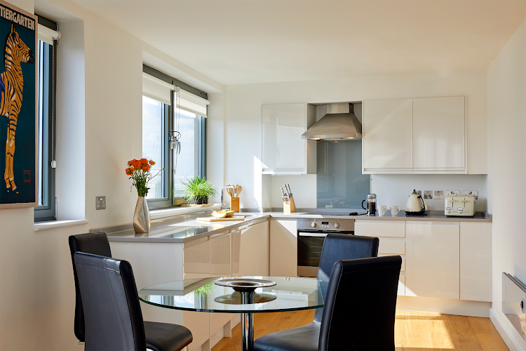 Fully equipped kitchen at Tottenham Street Apartments