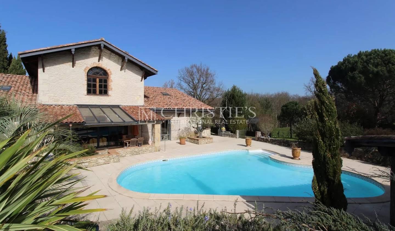 House Sauveterre-de-Guyenne