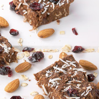 Healthy Homemade Soft Chewy Granola Bars from Scratch.