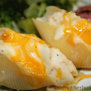 Pierogi Stuffed Shells {A great way to use up leftover mashed potatoes} {TMH}.