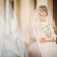 Wedding photographer Zhenya Zhulanova (Zhulanova). Photo of 10.06.2013