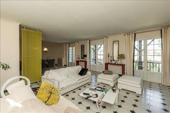 Maison 6 pièces 315 m2