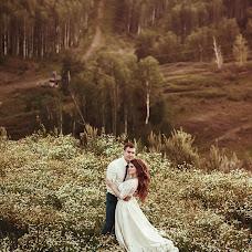 Wedding photographer Viktoriya Martirosyan (viko1212). Photo of 03.10.2016
