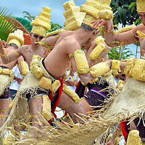 Traditional dance from Kupang - Indonesia by Gideon Sooai - News & Events World Events