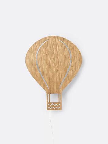 ferm LIVING Vägglampa Luftballong Oljad Ek
