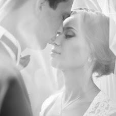 Wedding photographer Anna Antonova (antonuanna). Photo of 08.11.2015