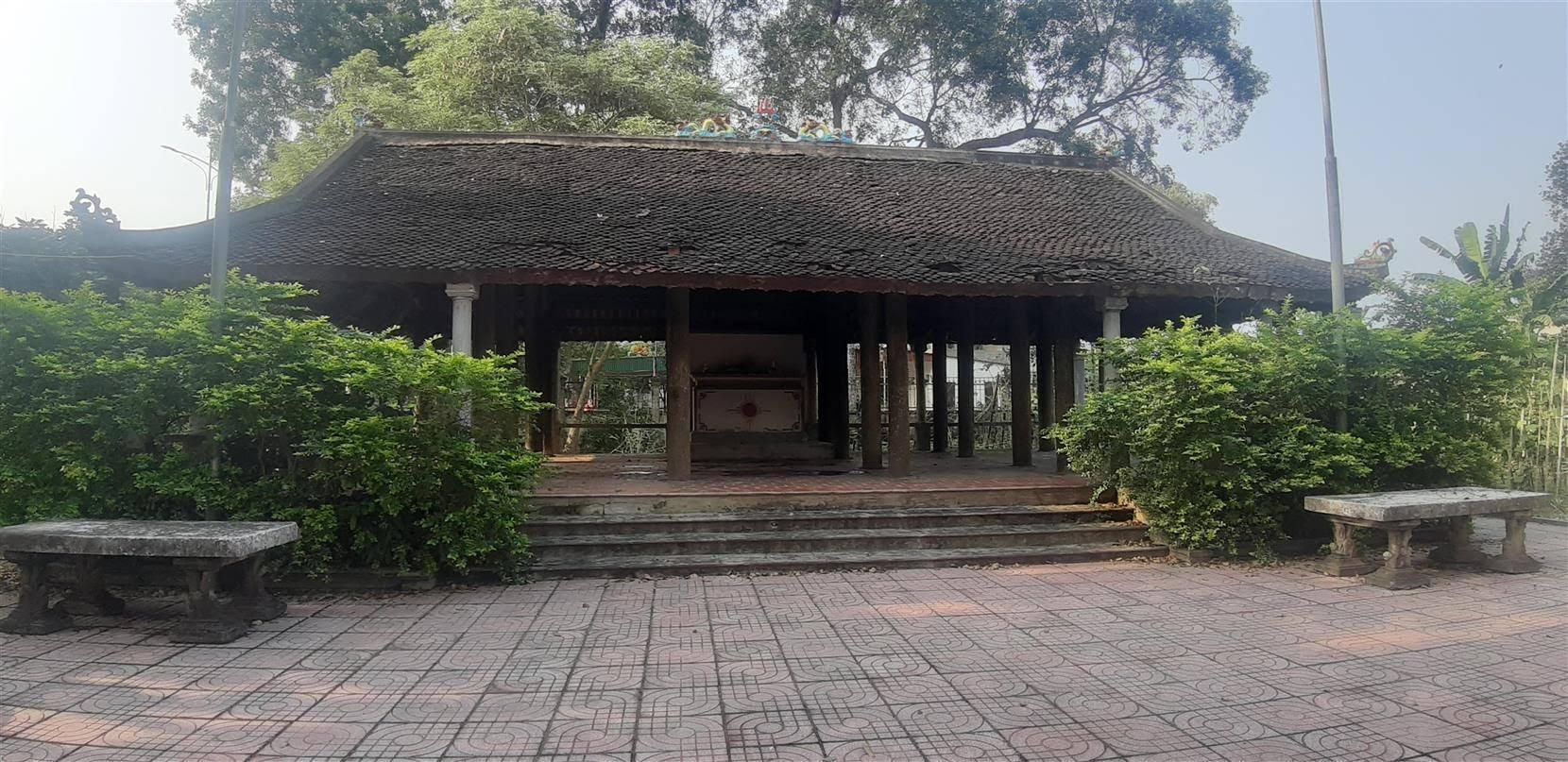 Đình Trung - di tích lịch sử quốc gia đã bị xuống cấp